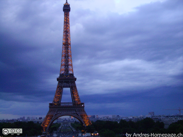 Eiffelturm in Paris [2]