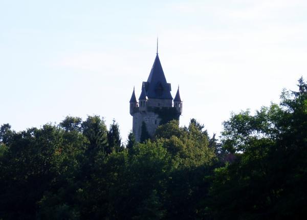 Der versteckte Turm